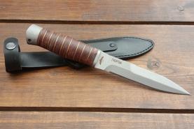Нож  Гюрза, рукоять кожа/латунь, покрытие антиблик